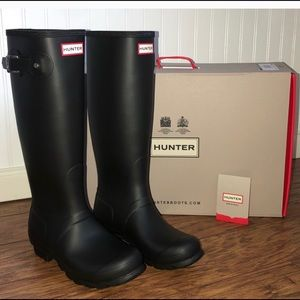 Hunter Tall Black Boots Sz 7